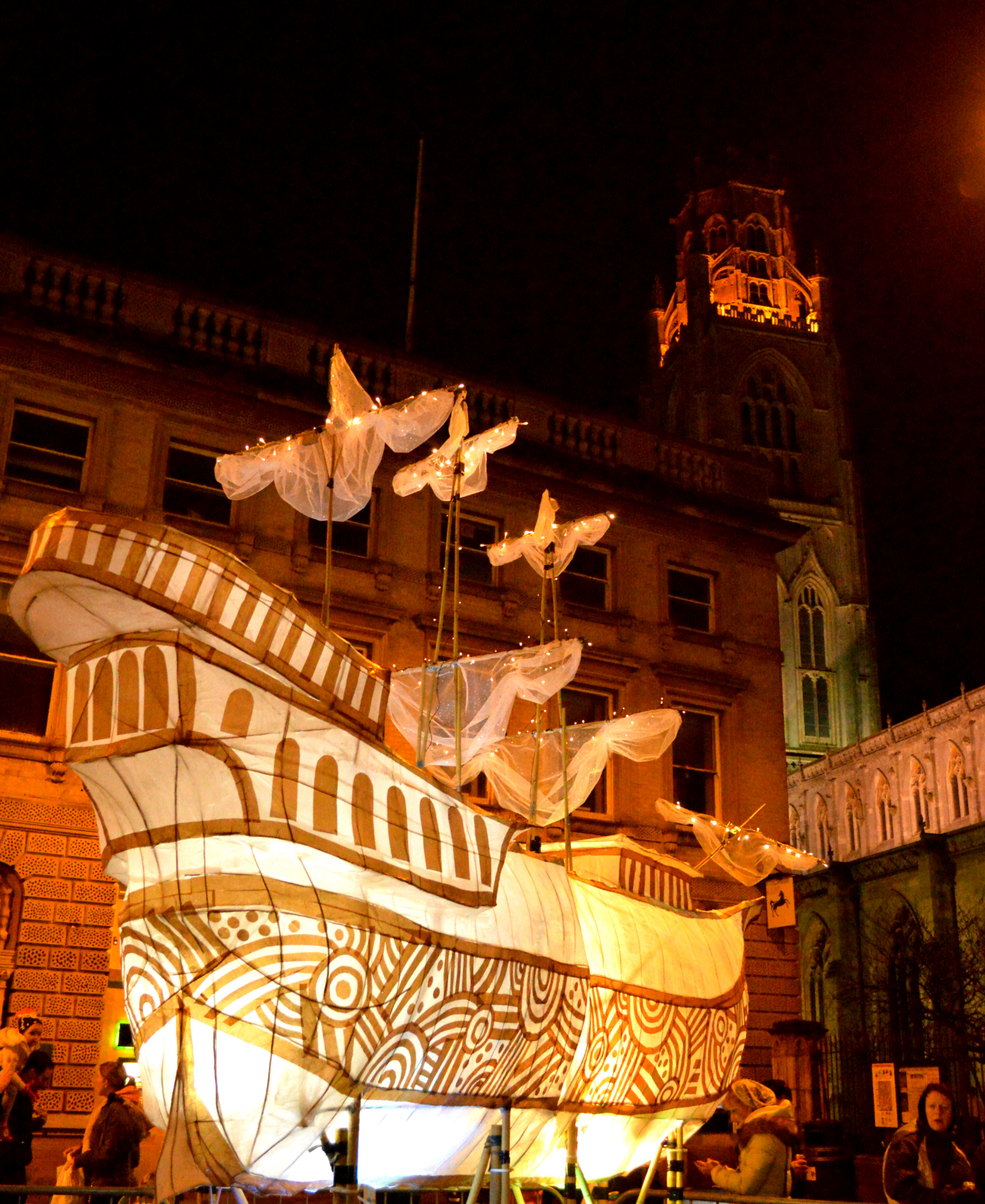 Mayflower large scale lantern parade - Illuminate parade 2015