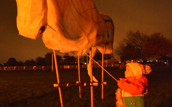 Horsing around with lantern puppets